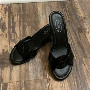 Talbots black patent leather wedge slides sz 7